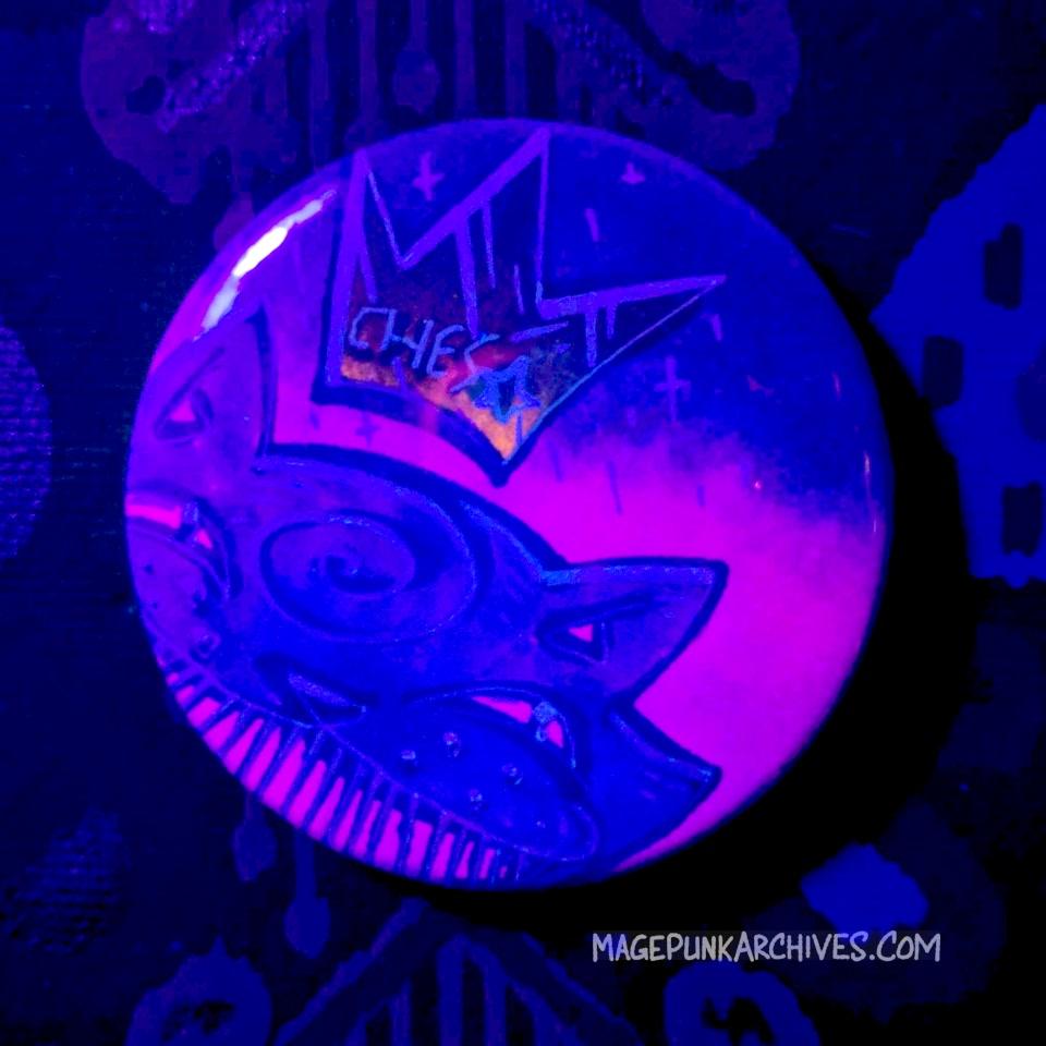 Glimmer Green on Purple Hombre Ches Star Button Night