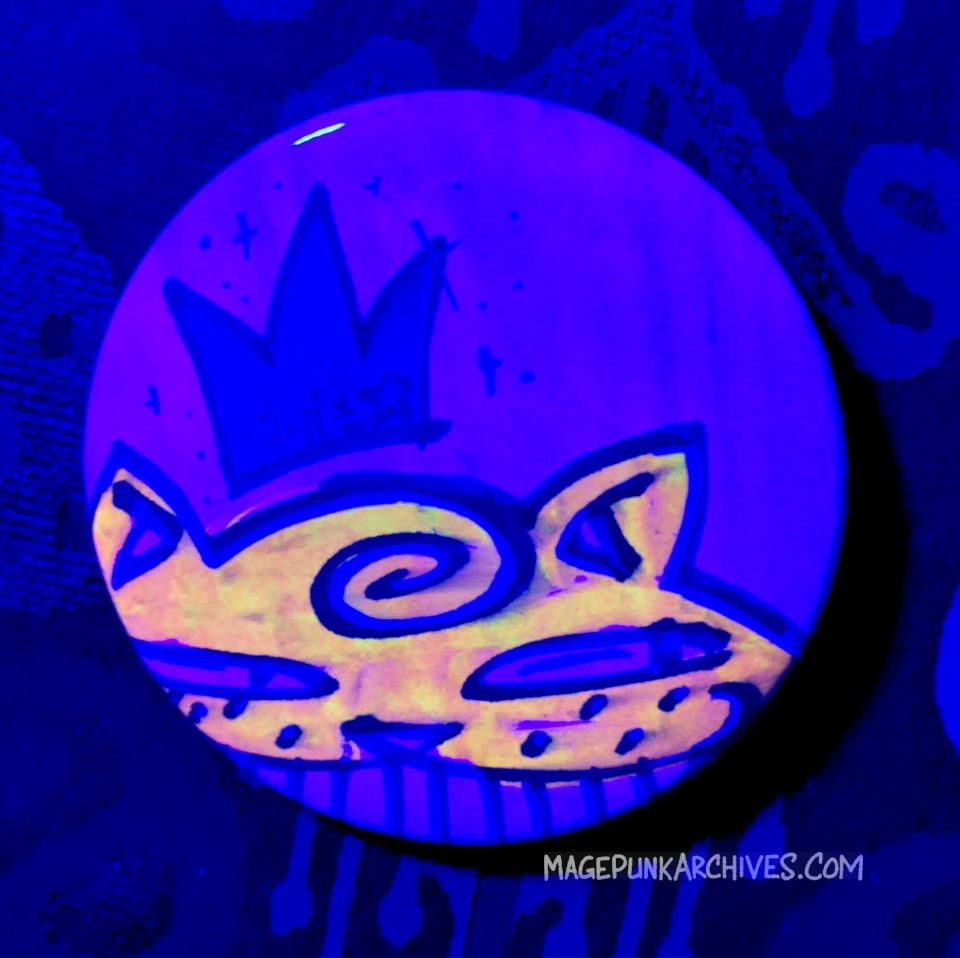 Orange on Pink Blue Crown Classic Ches Star Button Night